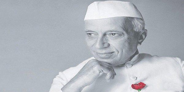 Pandit Jawaharlal Nehru Biography in Hindi